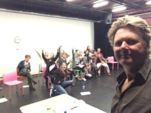 Tom Sligting met zijn Key note presenteren op de toneel academy