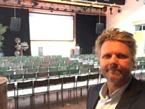 Tabacco Theater Amsterdam, perfecte plek voor comedyshow door Tom Sligting
