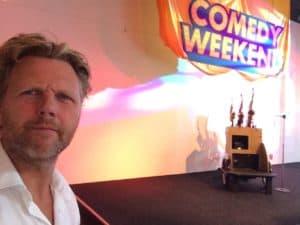 Tom Sligting speelde Sax en gaf twee comedy shows op het comedy weekend in de Schouwburg van Breda, van Guido Weijers