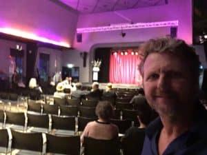 Groot feest van Cap Gemini met gave comedy show van Tom Sligting